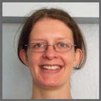 Dr Elizabeth Adams
