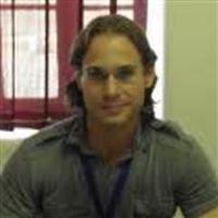 Dr Andrew Dellis
