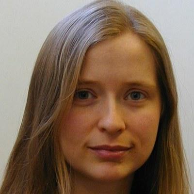 Dr Anna Price
