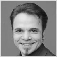 Dr Christian Dumpitak