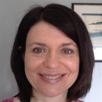 Dr Emma Hennessey