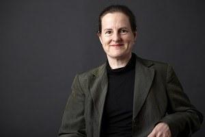 Dr Anna Seabourne