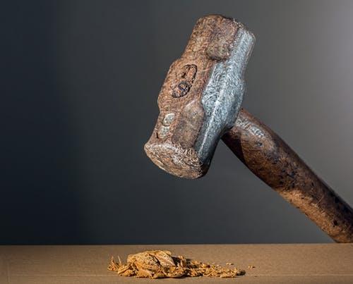 Hammer cracking nut